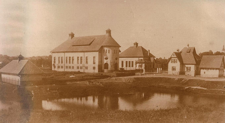 Zdjęcie archiwalne Stacji Uzdatniania Wody Gliwice-Łabędy 1911 rok